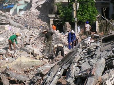 Giải pháp phòng ngừa tai nạn lao động khi phá dỡ công trình