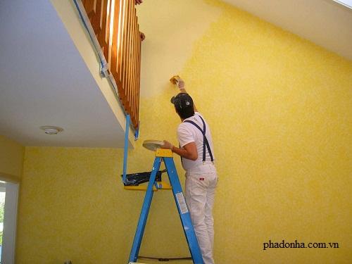 kỹ thuật quét vôi tường nhà trong quá trình sửa chữa cải tạo nhà