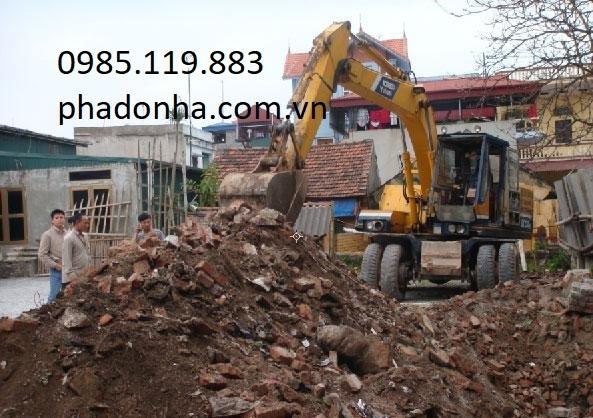 chở đất thải xây dựng