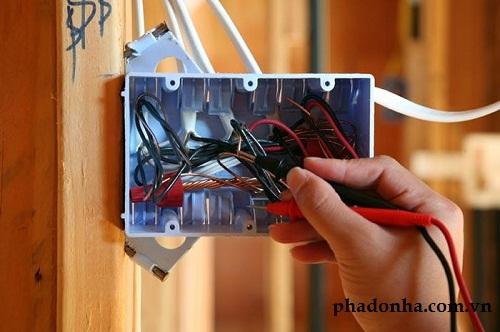 sửa hệ thống điện khi sửa chữa nhà