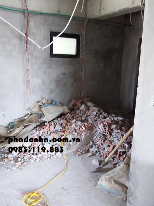 Vận chuyển phế thải Xây Dựng ở Chung Cư và Nhà Tập Thể